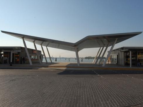 """Realizzazione del terminal marittimo """"S. M. Elisabetta"""""""